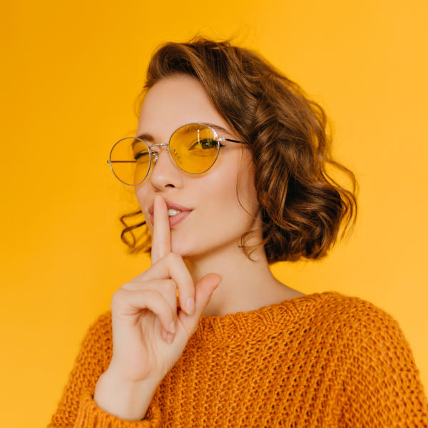 Как да разпознаете фалшивите слънчеви очила Ray-Ban